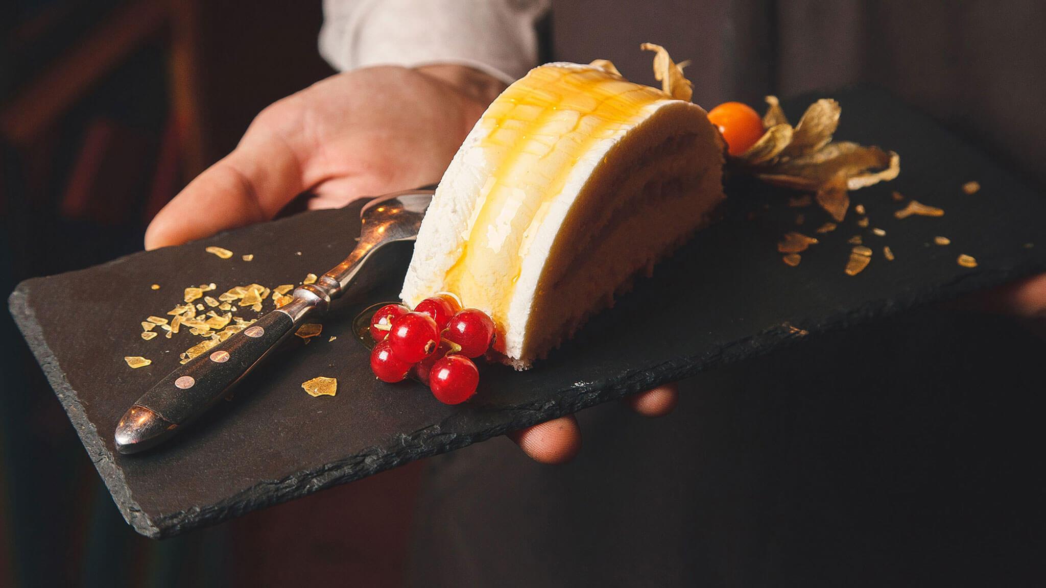 Посуда из сланца - новый тренд в сервировке столов